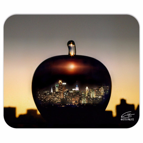 In Love with New York 'Big Apple' Mousepad
