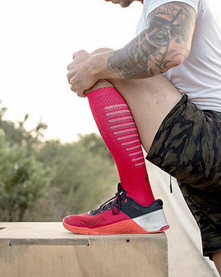 PRO Compression Marathon Elite Socks for Recovery - Red