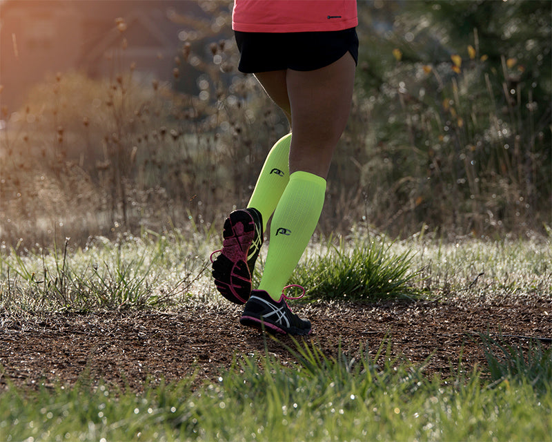 Find-out-what-type-of-compression-running-socks-to-pair-with-your-running-shoes-.