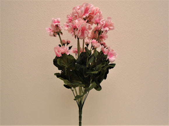 Geranium Bush Artificial Silk Flowers 20