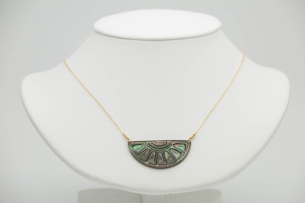 TAHITIAN SUNRISE HALF MOON NECKLACE ON GOLD (DARK)