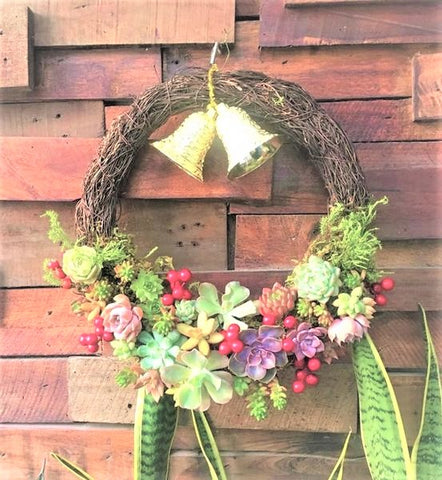 Easter Succulent Wreath, Easter Decoration Ideas with Succulents