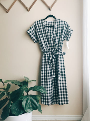 black and white gingham dress nursing friendly