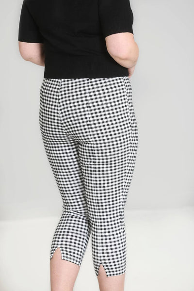 judy-gingham-capris-plus-size-back