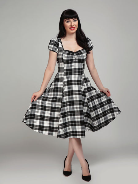 Collectif-mimi-monochrome-check-swing-dress-modeled