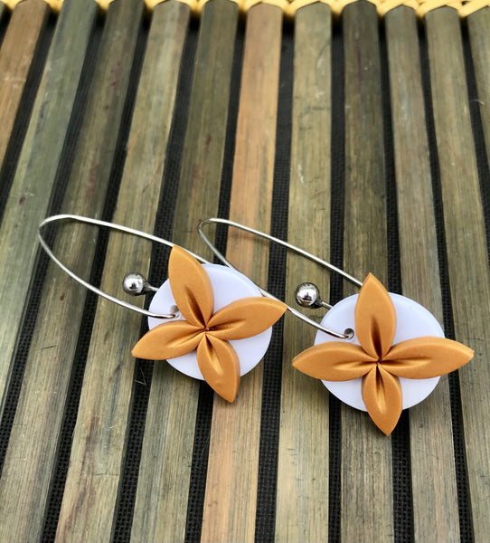 Gold-white-tipani-earrings