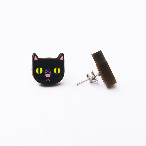 black-cat-minifanfan-earrings-side-view
