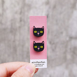 black-cat-minifanfan-earrings-on-card