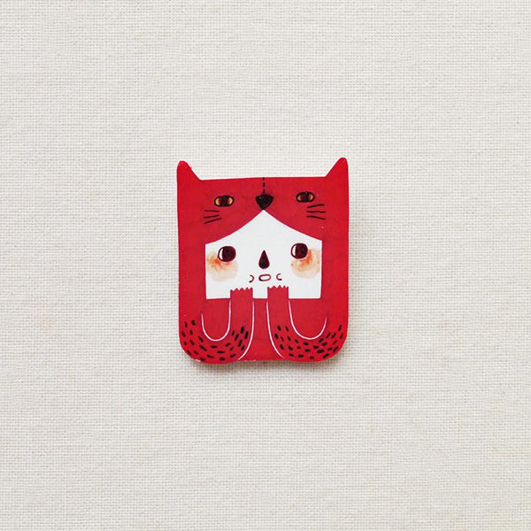 Veela the cat brooch Minifanfan