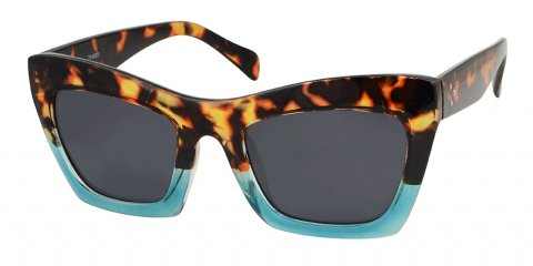 Tabitha in tortoiseshell and blue