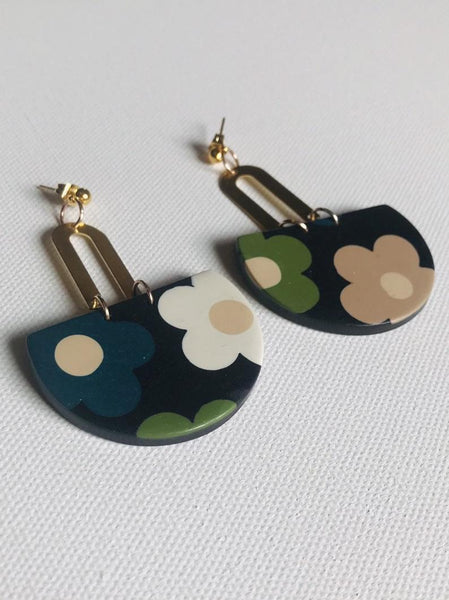 Paloma 60s retro floral navy polymer clay earrings