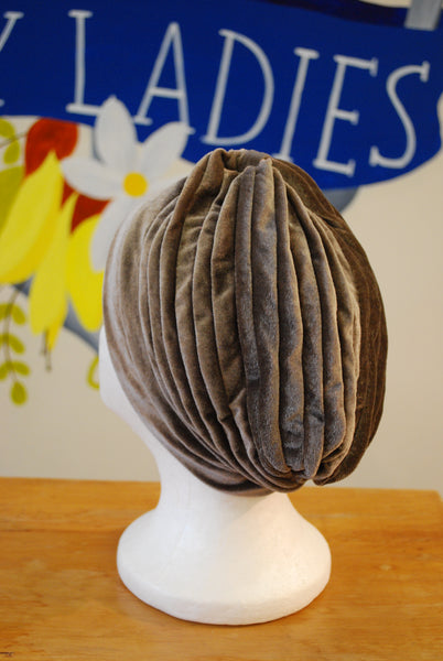Two Lippy Ladies pewter turban back view
