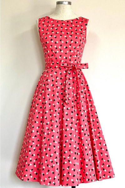 Lady-Vintage-Hepburn-Candyfloss-Kisses-heart-dress