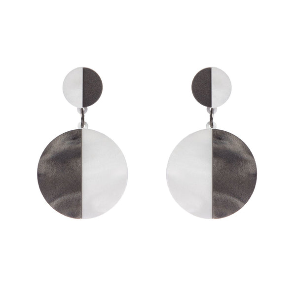 monochrome-laser-cut-circle-earrings
