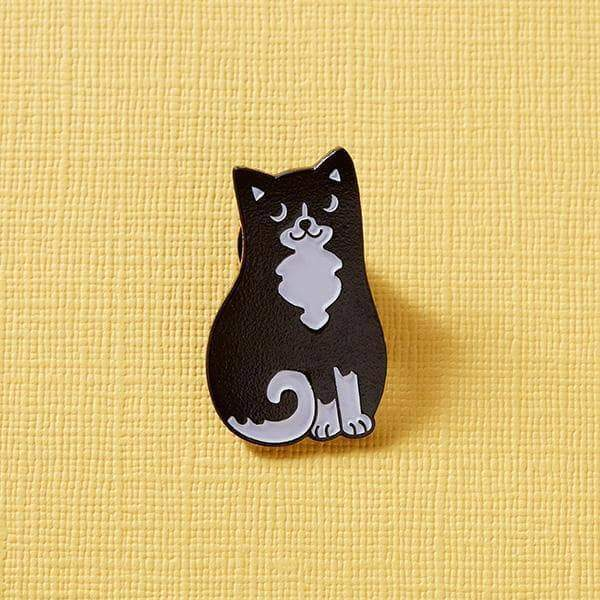 Black & White Cat pin