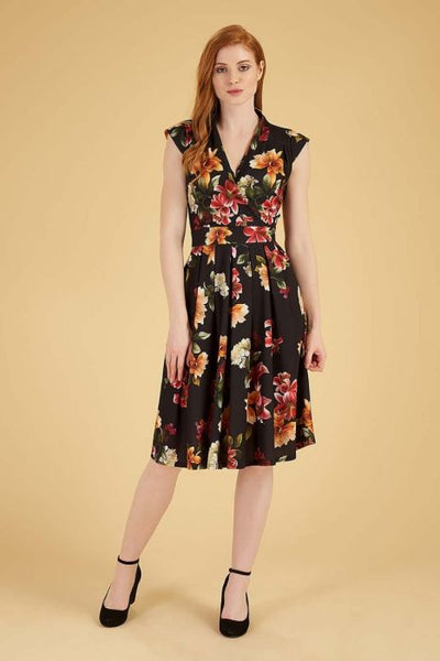 Lady Vintage tamarillo Eva dress modeled