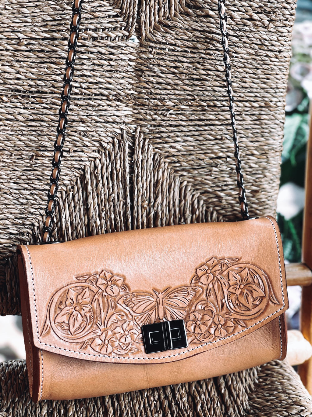 Ameli butterfly Leather bag