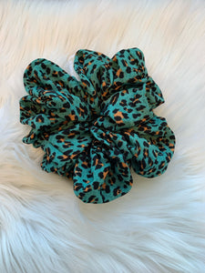 Oversized Scrunchies