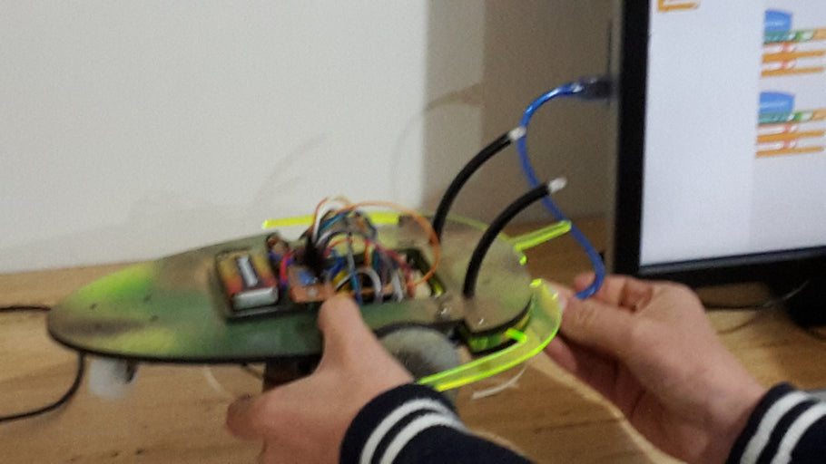 2018 - Term Four - Week Two - Programming the Bug Bots