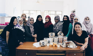 Pop's Eatery feeding the Pakistani Women Refugee