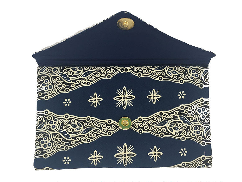 CWO Batik Clutch (Dark Blue & White)
