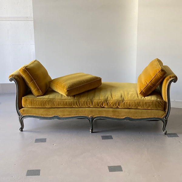 19th C. Venetian Recamier - Get the Gusto, Seating - interior design, shop Get the Gusto - Get the Gusto, Amazon Get the Gusto - gusto shop