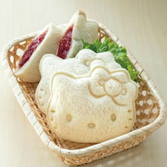 Hello Kitty Sandwich Pocket lifestyle