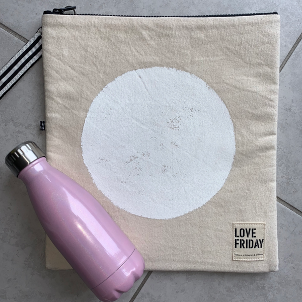 Love Friday Insulated Clutch Bag - Canberra White Circle