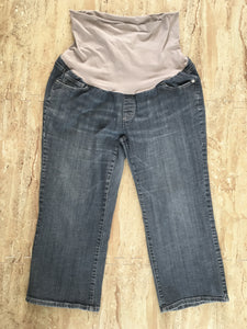 Light Wash Denim Capri (XL)
