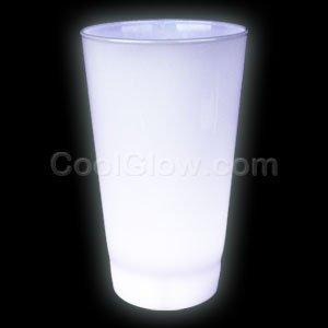 Fun Central AH952 Glow LED Cup - 16 Ounce White
