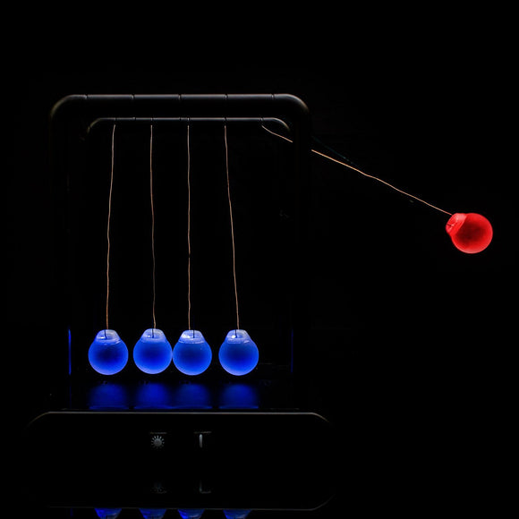 Fun Central AY974 Light Up Newton's Cradle