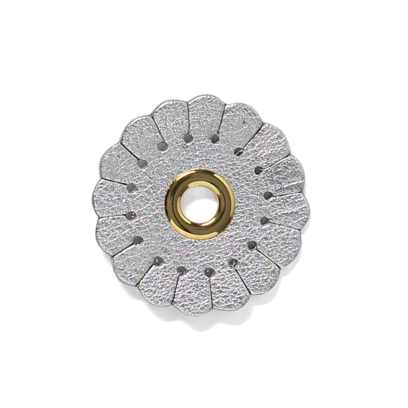 Duzies - Scalloped Flower - Silver