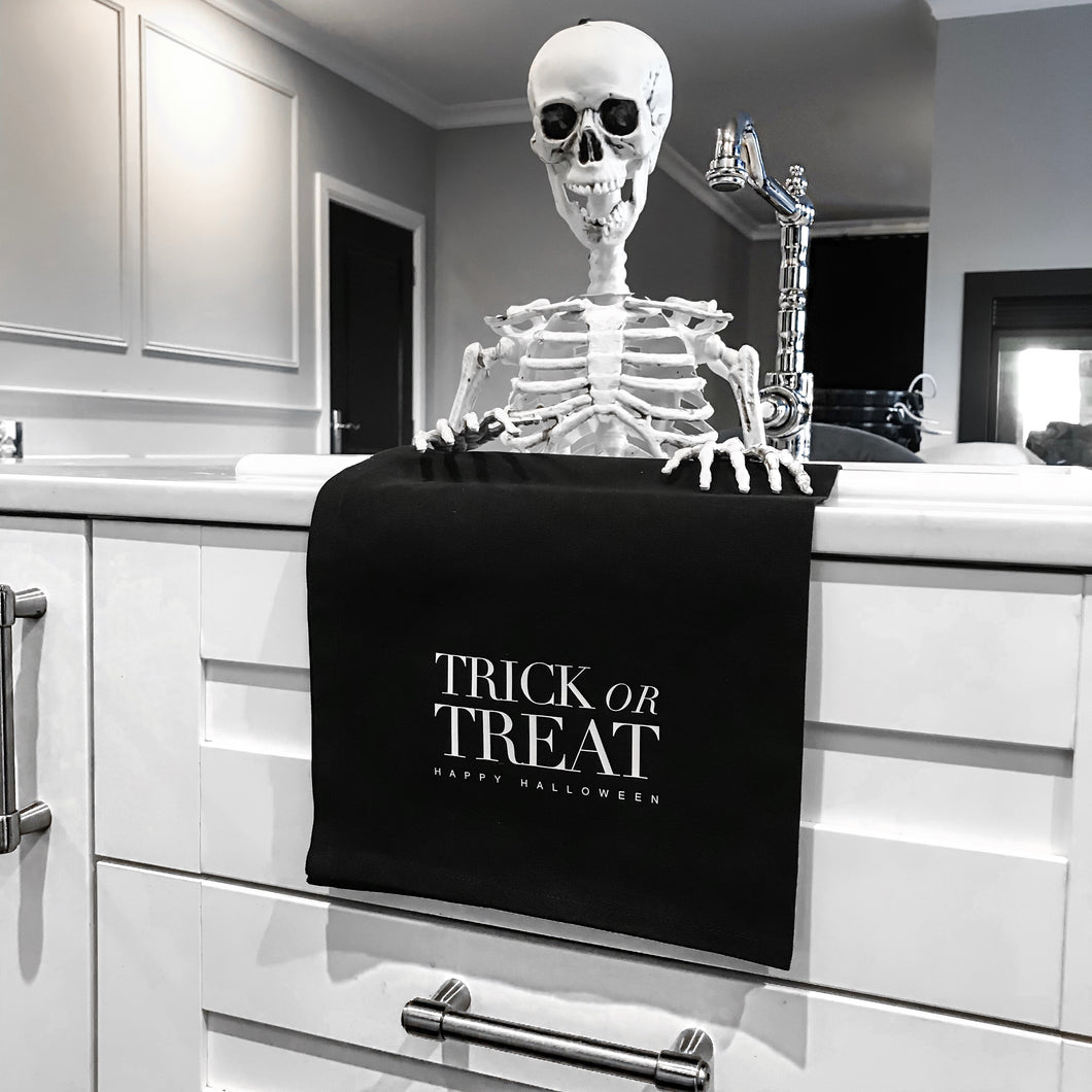 HALLOWEEN DISPLAY TOWEL