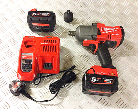"MILWAUKEE 3/4"" DRIVE IMPACT WRENCH WITH FREE ADAPTOR"