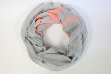 Load image into Gallery viewer, Printed Viscose Tassel Scarf With Wooden Detail - De'Žavu Boutique