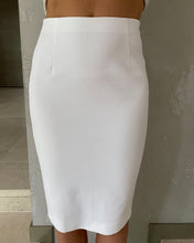 Load image into Gallery viewer, Massimo Dutti white pencil skirt - De'Žavu Boutique