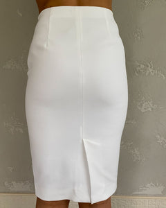 Massimo Dutti white pencil skirt - De'Žavu Boutique