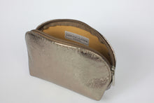 Load image into Gallery viewer, Rose Gold Metallic Leather Cosmetic Case - De'Žavu Boutique