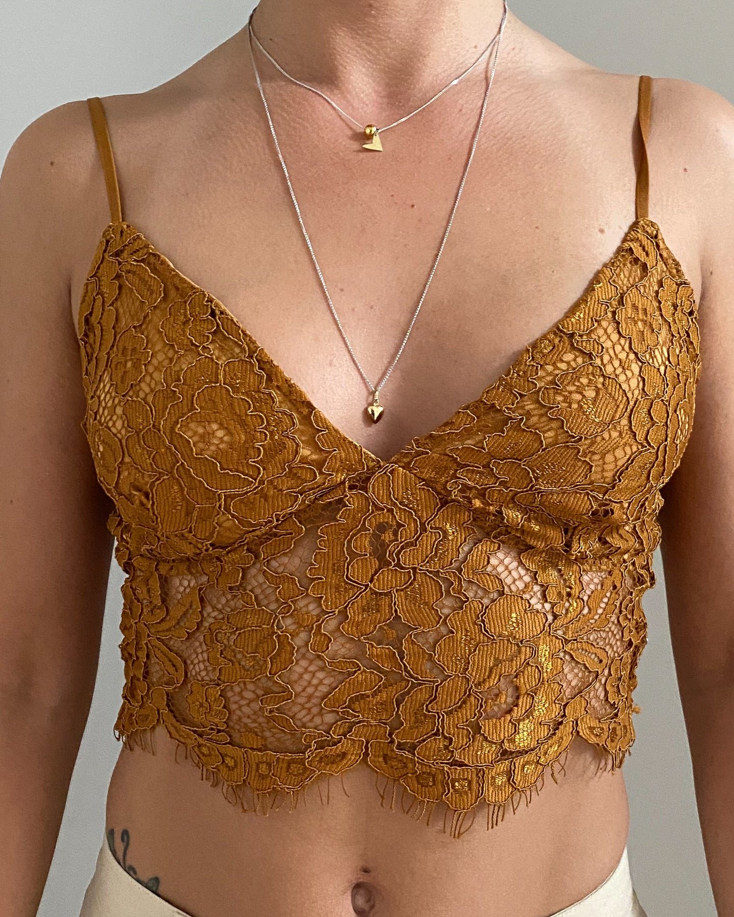 Lace cropped top in brown - De'Žavu Boutique