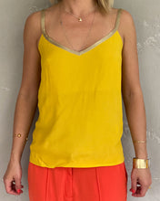 Load image into Gallery viewer, Morgan mustard blouse - De'Žavu Boutique