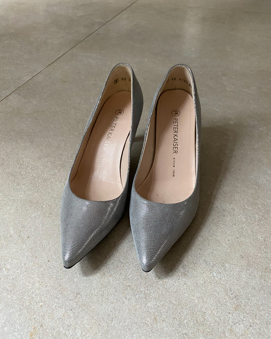 Peter Kaiser grey pointed high heels - De'Žavu Boutique