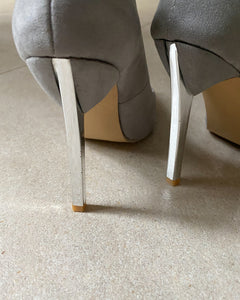 Grey pointed high heels - De'Žavu Boutique