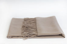 Load image into Gallery viewer, Warm Beige Wool Scarf - De'Žavu Boutique