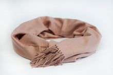 Load image into Gallery viewer, Warm Pink Wool Scarf - De'Žavu Boutique