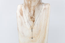 Load image into Gallery viewer, Minimal Triangle Necklace - De'Žavu Boutique