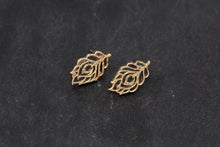 Load image into Gallery viewer, Small Floral Earrings - De'Žavu Boutique