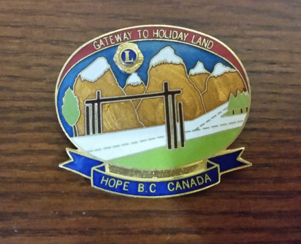 Vintage Gateway To Holiday Land Hope, B.C. Lions Club Pin - Treasure Valley Antiques & Collectibles