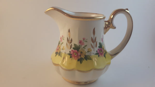 Vintage 1950s Sadler Creamer Gold Trimmed, Yellow and Pink Daisy Yellow Ringed Numbered