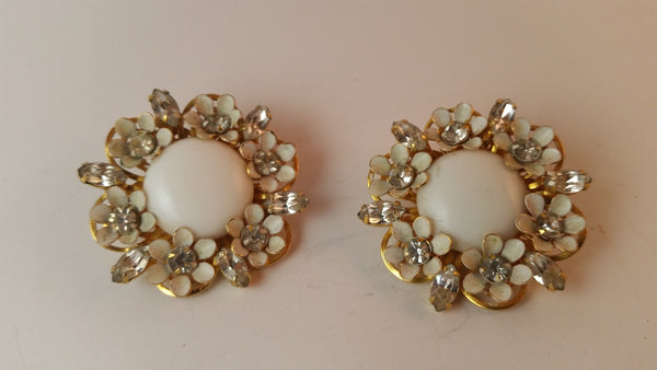 Vintage White Rhinestone Flower Gold Tone Clip On Earrings - Treasure Valley Antiques & Collectibles