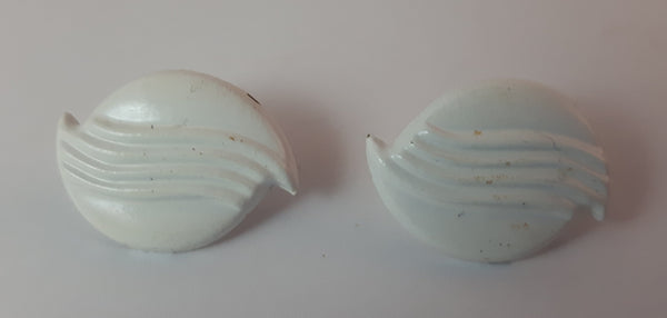 Vintage Shell Shape White Clip On Earrings - Treasure Valley Antiques & Collectibles